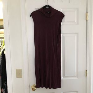 Adrienne vittadini mock neck midi dress